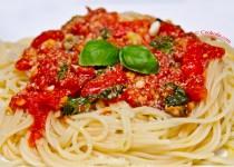 اسپاگتی با گوجه فرنگی و ریحان   Spaghetti with Tomatoes & Basil