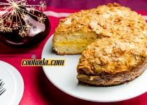 کیک عسل و بادام   Bee Sting Cake