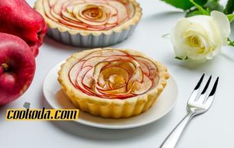 rose-apple-tart